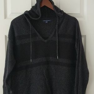 American Eagle • Black/Gray Knit Pullover Sweater